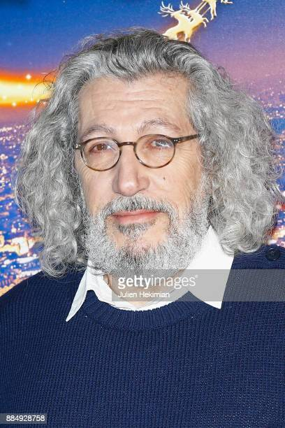 Director and actor of the movie Alain Chabat attends 'Santa Cie' Paris Premiere at Cinema Pathe Beaugrenelle on December 3 2017 in Paris France