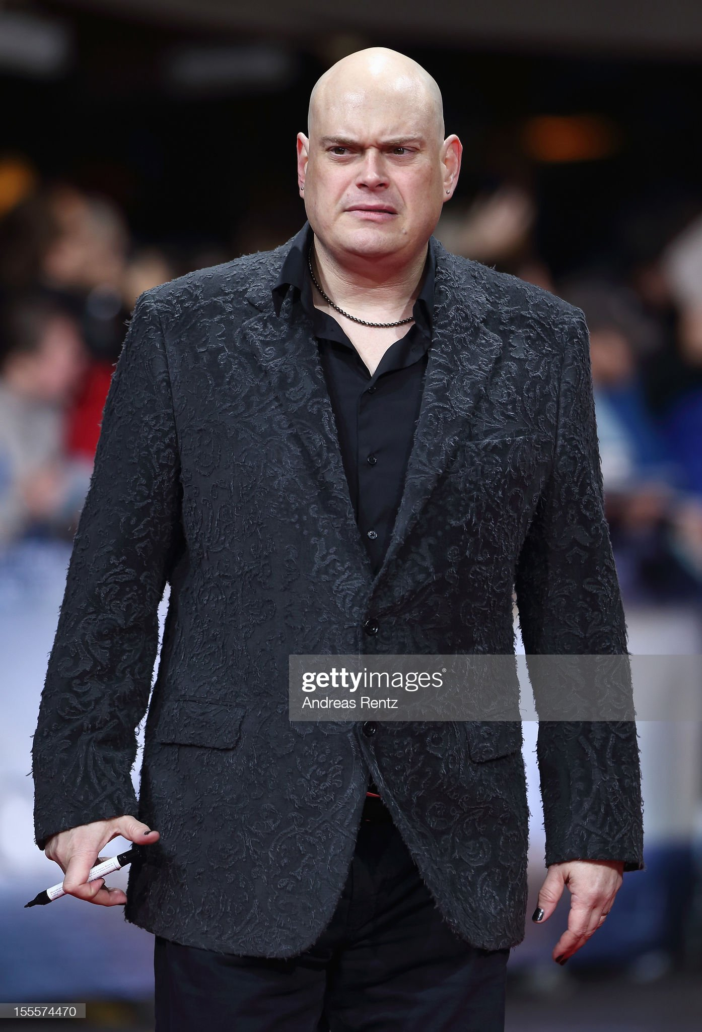¿Cuánto mide Lilly Wachowski / Andy Wachowski ? - Altura - Real height Director-andy-wachowski-attends-the-cloud-atlas-germany-premiere-at-picture-id155574470?s=2048x2048