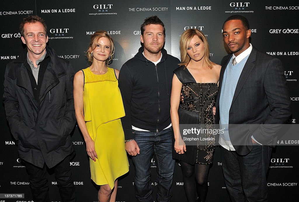 """The Cinema Society & Gilt Man With Grey Goose Host A Screening Of """"Man On A Ledge"""" - Arrivals : News Photo"""