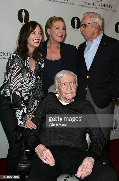 Director Blake Edwards poses with Lesley Ann Warren Julie Andrews and Walter Mirisch at Academy Of Motion Picture Arts And Sciences' Evening With...