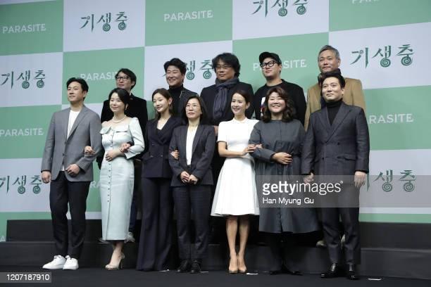 Director Bong JoonHo actors Song KangHo Cho YeoJeong Lee SunKyun Park SoDam Jang HyeJin Lee JeongEun Park MyungHoon editor Yang JinMo writer Han...