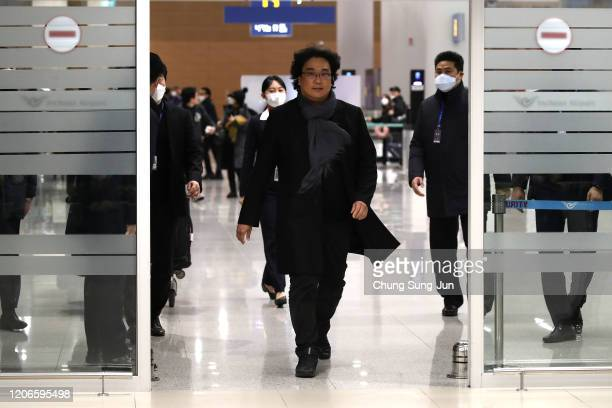 Director Bong Joonho arrives at Incheon International Airport on February 16 2020 in Incheon South Korea The South Korean director's film Parasite is...