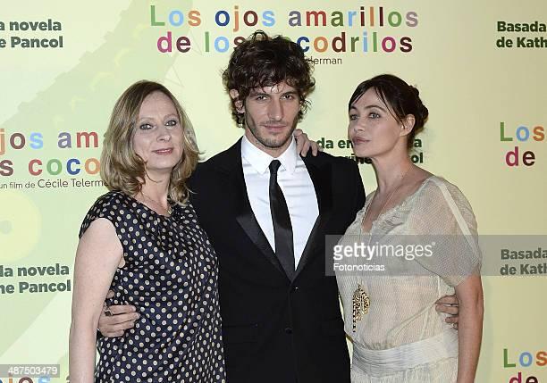 Director Cecile Telerman and actors Quim Gutierrez and Emmanuelle Beart attend the 'Los Ojos Amarillos de los Cocodrilos' premiere the Academia del...