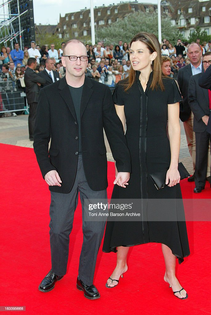 Deauville 2002 - Full Frontal Premiere : News Photo