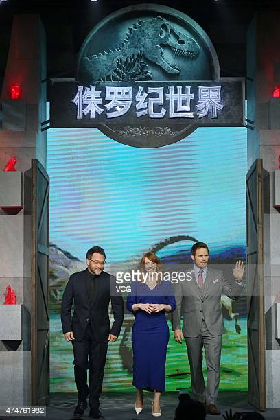 Director Colin Trevorrow actress Bryce Dallas Howard and actor Chris Pratt attend 'Jurassic World' press conference at Yintai Centre on May 26 2015...