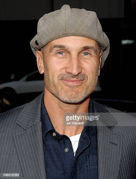 Director Craig Gillespie arrives at the Los Angeles Premiere 'Lars and The Real Girl' at the Academy of Motion Picture Arts Sciences on October 2...