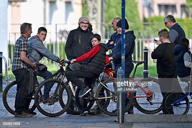 Director Danny Boyle on the set of the Trainspotting film sequel in Muirhouse shopping centre on May 11 2016 in Edinburgh Scotland The long awaited...