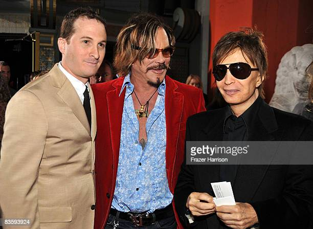 Director Darren Aronofsky actor Mickey Rourke and director Michael Cimino arrive at the 2008 AFI FEST Centerpiece Gala Screening Of The Wrestler held...