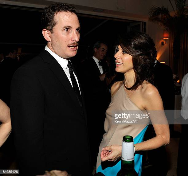 Director Darren Aronofsky and actress Marisa Tomei attends the 2009 Vanity Fair Oscar party hosted by Graydon Carter at the Sunset Tower Hotel on...