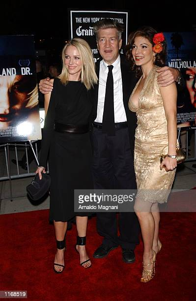 Director David Lynch arrives at the premiere of his film Mulholland Drive with actresses Naomi Watts and Laura Elana Harring October 7 2001 at the...