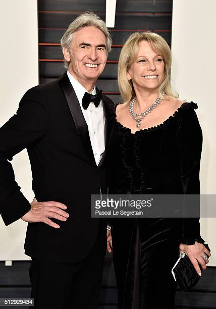 Director David Steinberg and actress Robyn Todd Steinberg attend the 2016 Vanity Fair Oscar Party Hosted By Graydon Carter at the Wallis Annenberg...