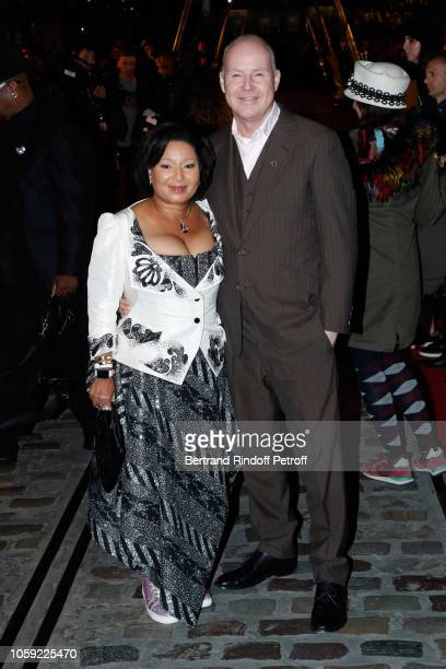 Director David Yates and his wife Yvonne attend the Fantastic Beasts The Crimes of Grindelwald World Premiere at UGC Cine Cite Bercy on November 8...