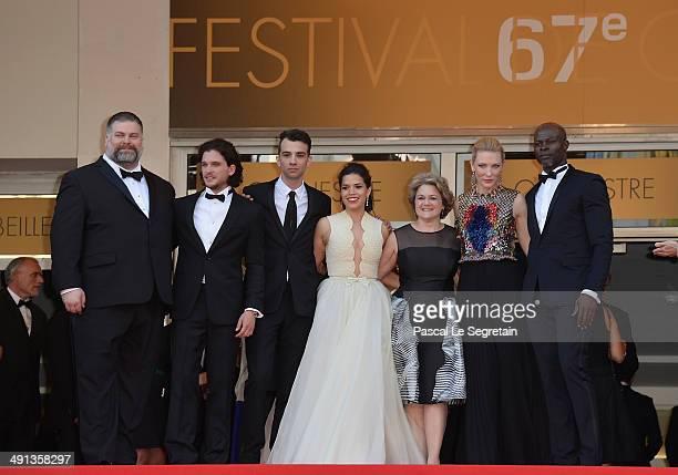 Director Dean DeBlois actors Kit Harrington Jay Baruchel America Ferrera producer Bonnie Arnold actors Cate Blanchett and Djimon Hounsou attend the...