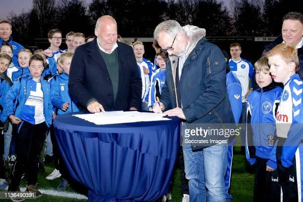 director Director Hans de Zeeuw of FC Dordrecht and secretaris Alexander de Rooy of VV Drechtstreek sign youth education agreement during the Dutch...