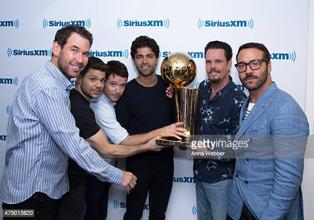Director Doug Ellin, Actors Jerry Ferrara, Kevin Connolly, Adrian Grenier, Kevin Dillon and Jeremy Piven with The Larry O'Brien NBA Championship...