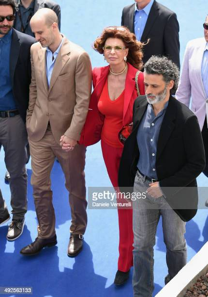 Director Edoardo Ponti actress Sophia Loren and actor Enrico Lo Verso attend the Sophia Loren Presents Cannes Classic Photocall during the 67th...