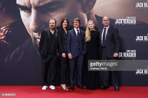 Director Edward Zwick actors Cobi Smulders Tom Cruise Danika Yarosh and producer Don Granger attend the 'Jack Reacher Never Go Back' Berlin Premiere...