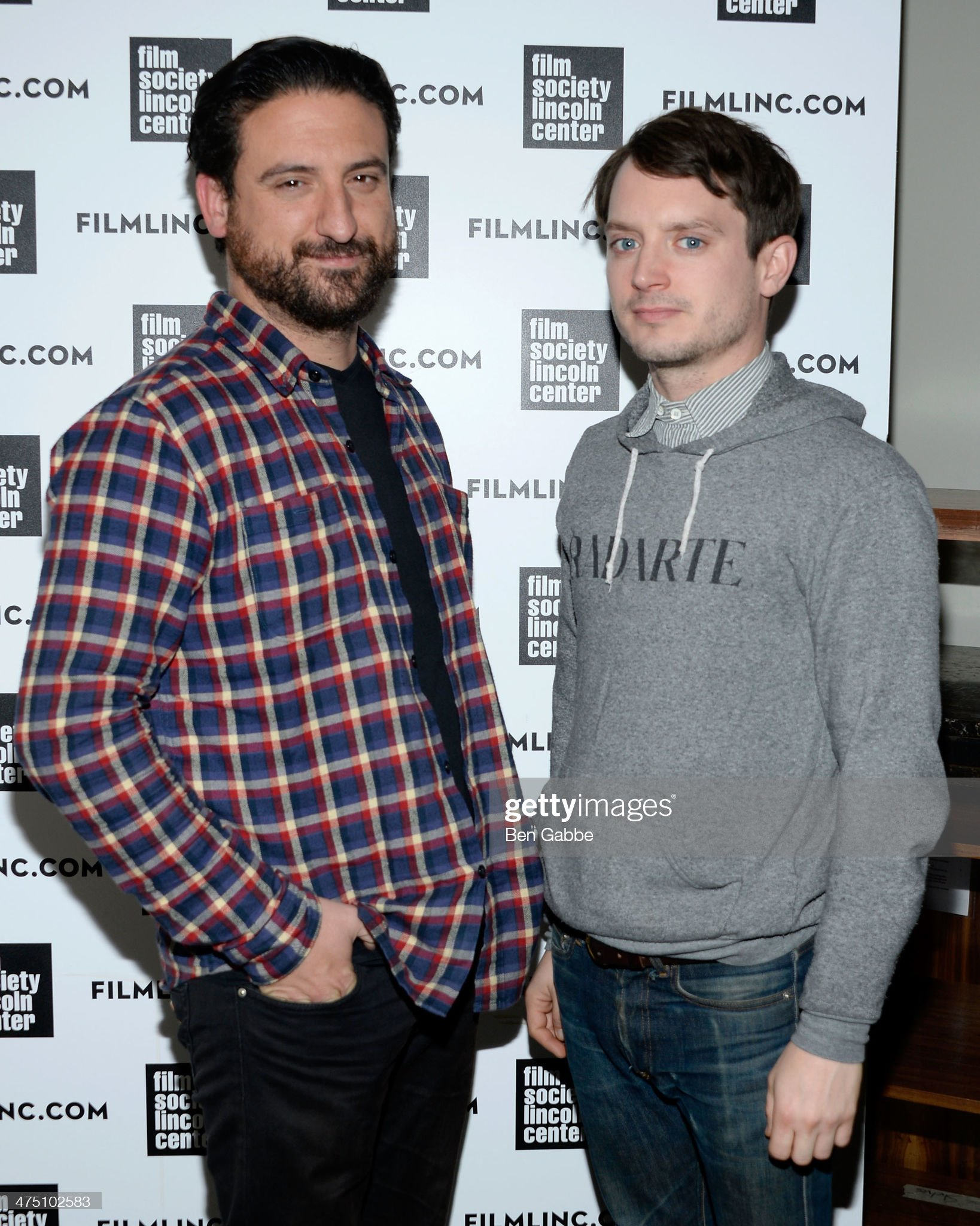 ¿Cuánto mide Eugenio Mira? - Altura Director-eugenio-mira-and-actor-elijah-wood-attend-the-film-society-picture-id475102583?s=2048x2048