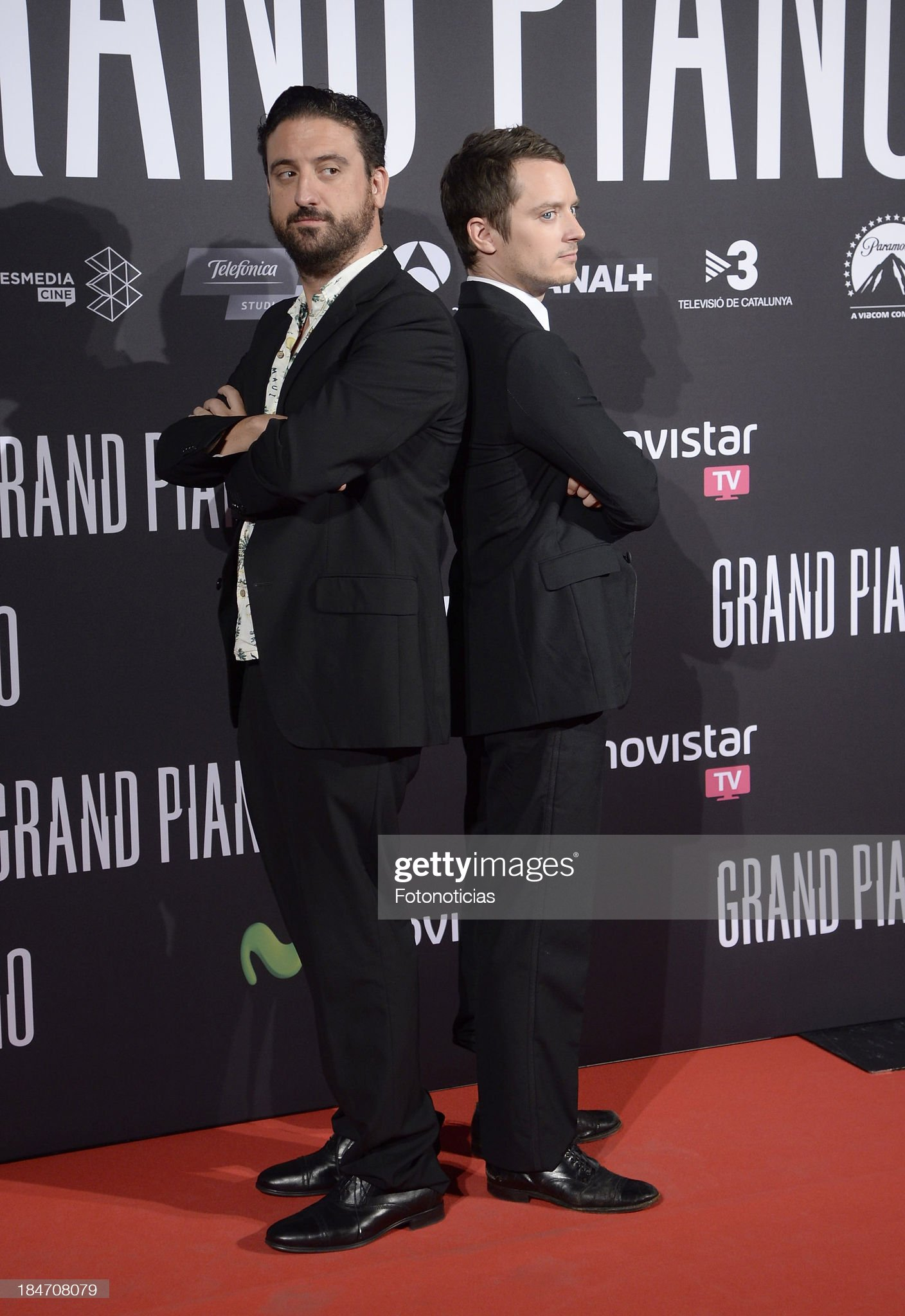 ¿Cuánto mide Eugenio Mira? - Altura Director-eugenio-mira-and-actor-elijah-wood-attend-the-premiere-of-picture-id184708079?s=2048x2048