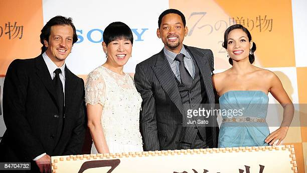 Director Gabriele Muccino singer Akiko Wada actor Will Smith and Actress Rosario Dawson attend the Seven Pounds Japan Premier at Ebisu Garden Hall on...