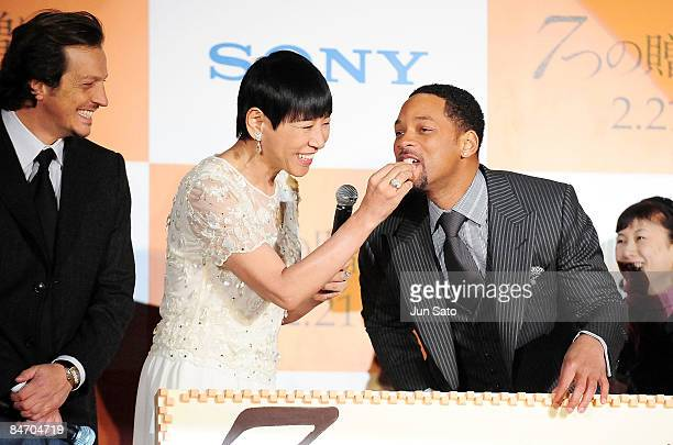 Director Gabriele Muccino singer Akiko Wada and actor Will Smith attend the Seven Pounds Japan Premier at Ebisu Garden Hall on February 9 2009 in...
