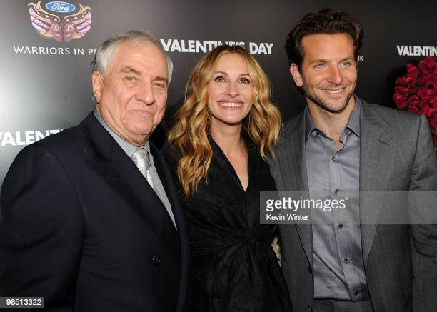 Director Garry Marshall actress Julia Roberts and actor Bradley Cooper arrive at the premiere of New Line Cinema's Valentine's Day held at Grauman's...