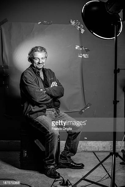 Director Giovanni Veronesi poses on a portrait session for his film 'l'Ultima Ruota del Carro' during The 8th Rome Film Festival at Auditorium Parco...