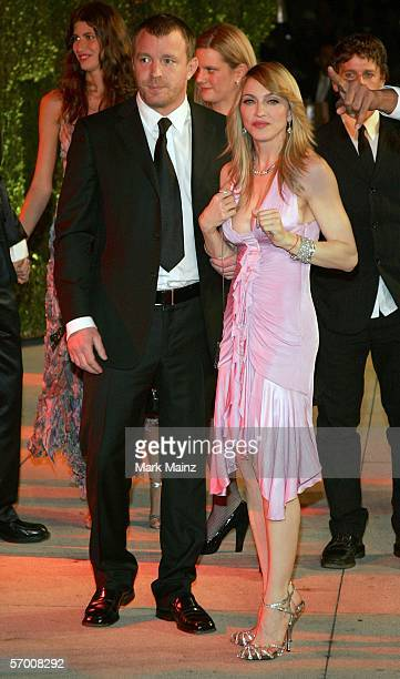 Director Guy Richie and singer Madonna arrive at the Vanity Fair Oscar Party at Mortons on March 5, 2006 in West Hollywood, California.