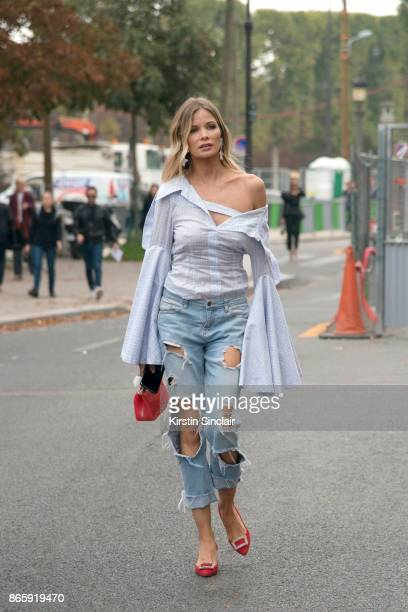Director in chief at Traffic magazine Leonora Jimenez wears Zara jeans Carolina Herrera shoes Chamaeleo shirt Furla bag and Granate 27 earrings day 2...
