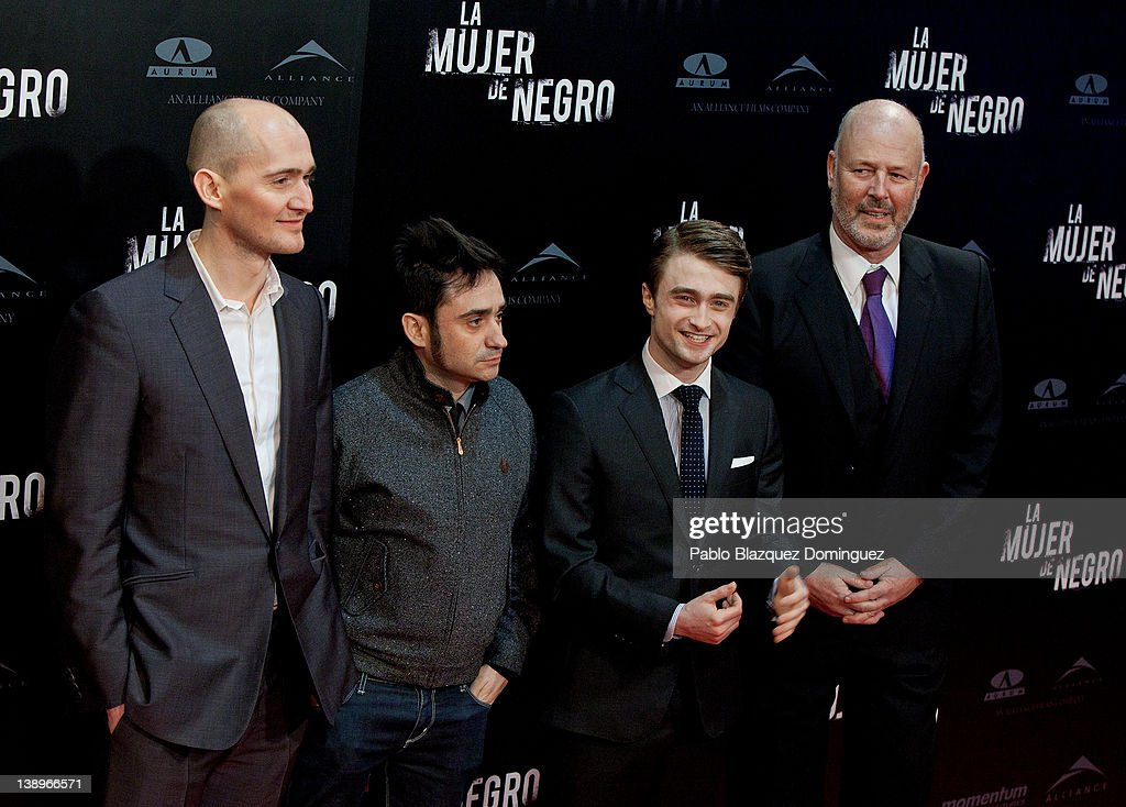 ¿Cuánto mide Juan Antonio J.A Bayona?  - Altura - Real height Director-james-watkins-spanish-director-juan-antonio-bayona-actor-picture-id138966571