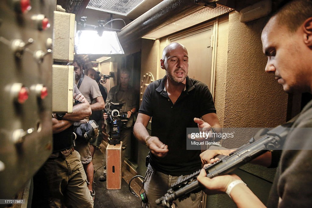 Set Filming Rec 4 Apocalipsis Barcelona Photos Images Director Jaume