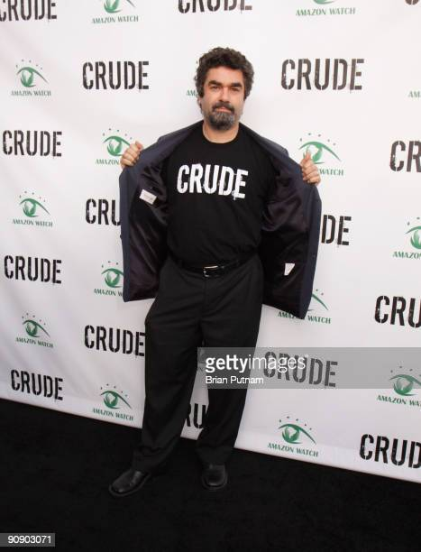 Director Joe Berlinger arrives for the screening of the film 'CRUDE' at Harmony Gold Theatre on September 17 2009 in Los Angeles California