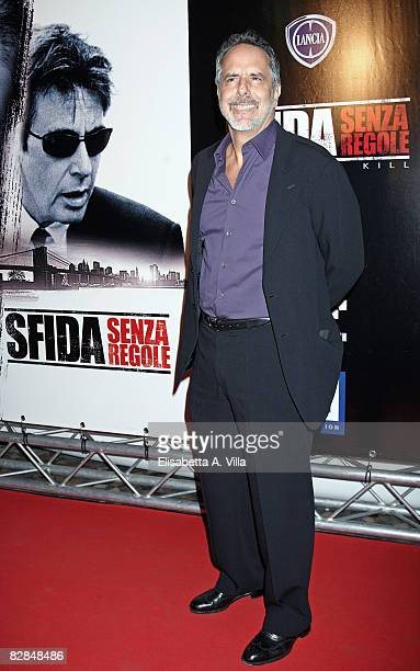 S director Jon Avnet attends the 'Righteous Kill' premiere at the Warner Cinema Moderno on September 16 2008 in Rome Italy