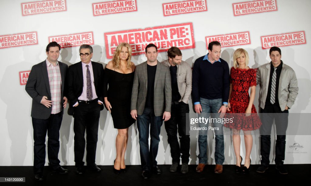 Director Jon Hurwitz, Eugene Levy, Jennifer Coolidge, director Hayden Schlossberg, Seann William Scott, Chris Klein, Mena Suvari and Jason Biggs attend 'American Pie: Reunion' (American Pie: El Reencuentro) photocall at Villamagna Hotel on April 19, 2012 in Madrid, Spain.