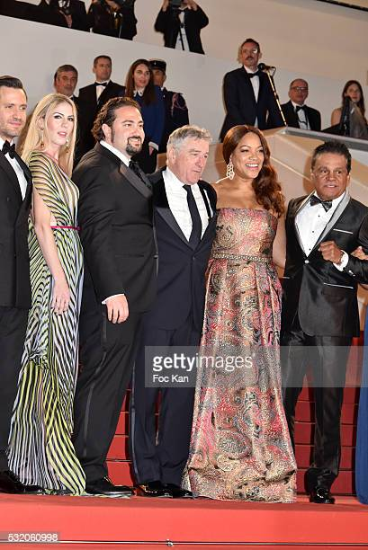 Director Jonathan Jakubowicz producer Claudine Jakubowicz actor Robert de Niro and his wife Grace Hightower boxer Roberto Duran attend the 'Hands Of...