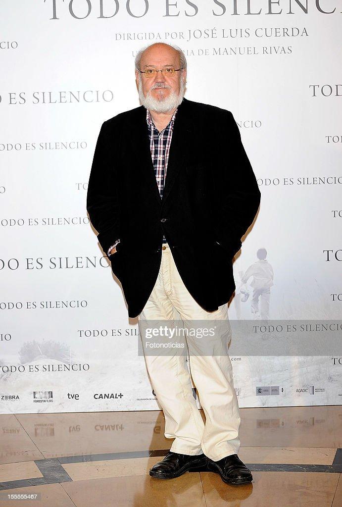 Director Jose Luis Cuerda attends a photocall for 'Todo Es Silencio' at the Palafox cinema on November 5, 2012 in Madrid, Spain.