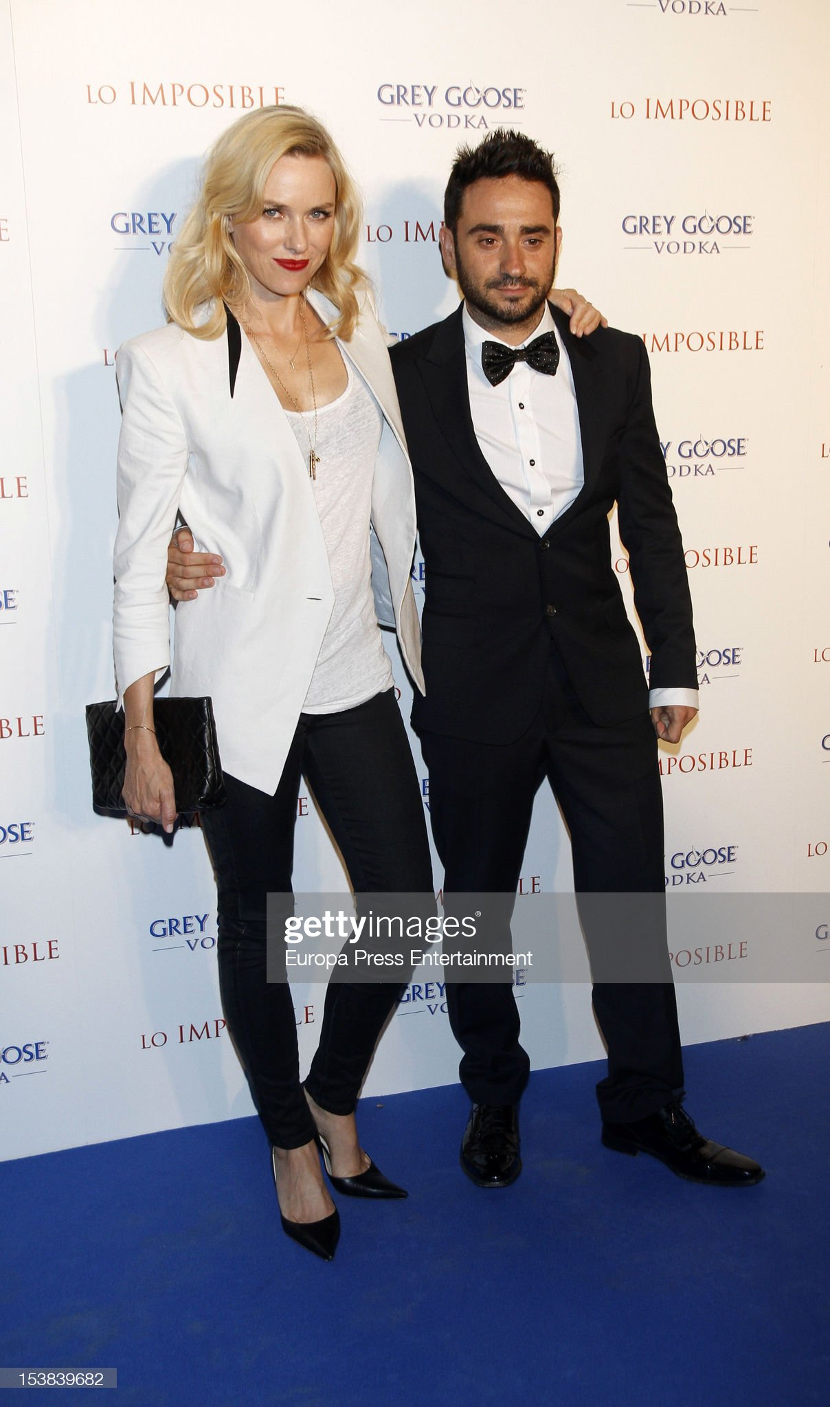 ¿Cuánto mide Naomi Watts? - Altura - Real height Director-juan-antonio-bayona-and-actress-naomi-watts-attend-the-picture-id153839682?s=2048x2048