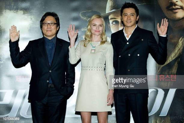 "Director Lee Sng-Moo and actors Kate Bosworth and Jang Dong-Gun poses for media during after ""The Warrior's Way"" press screening at COEX Mega Box on..."