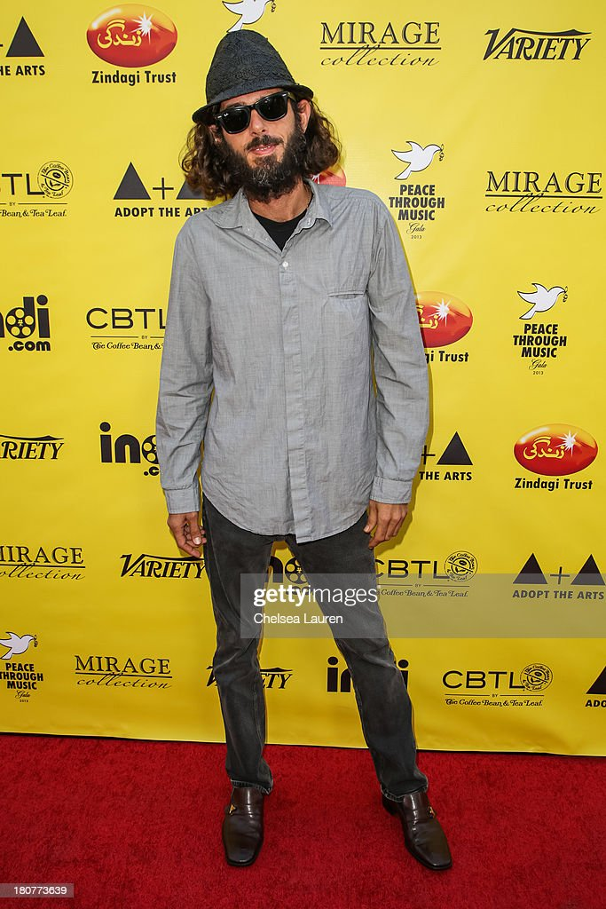 Director Lincoln O'Barry arrives at Adopt the Arts' Peace Through Music celebrity gala at Loews Hollywood Hotel on September 15, 2013 in Hollywood, California.