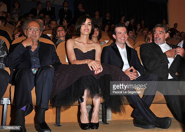 Director Monte Hellman actress Shannyn Sossamon actor Tygh Runyan and actor Fabio Testi attend the Road To Nowhere premiere during the 67th Venice...