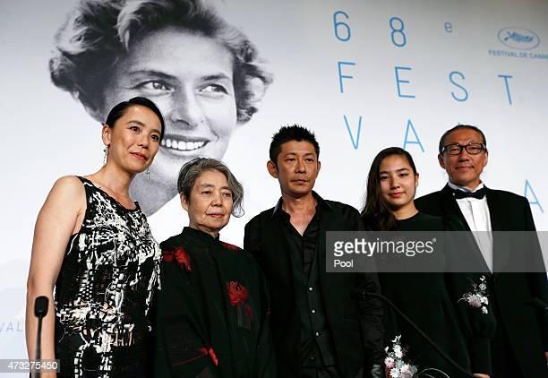 Director Naomi Kawase and actors Kirin Kiki Masatoshi Nagase Kyara Uchida and writer Durian Sukegawa attend the press conference for An during the...