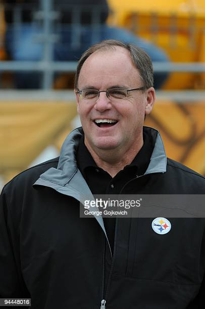 Director of Football Operations Kevin Colbert of the Pittsburgh Steelers looks on from the sideline before a game against the Cincinnati Bengals at...