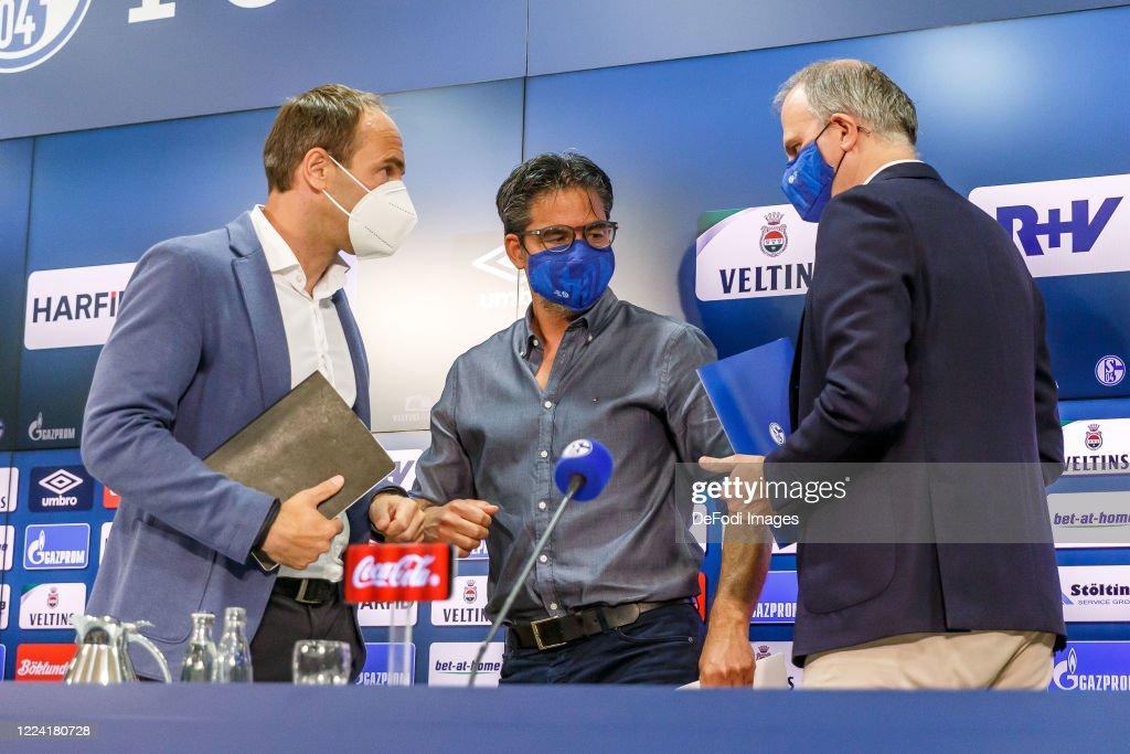 FC Schalke 04 Press Conference : News Photo
