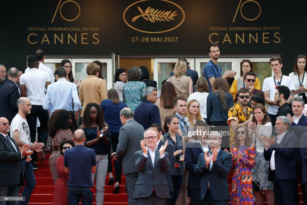 Cannes Film Festival Hold Minutes Silence For The Victims Of The Manchester Terror Attack - The 70th Annual Cannes Film Festival : ニュース写真