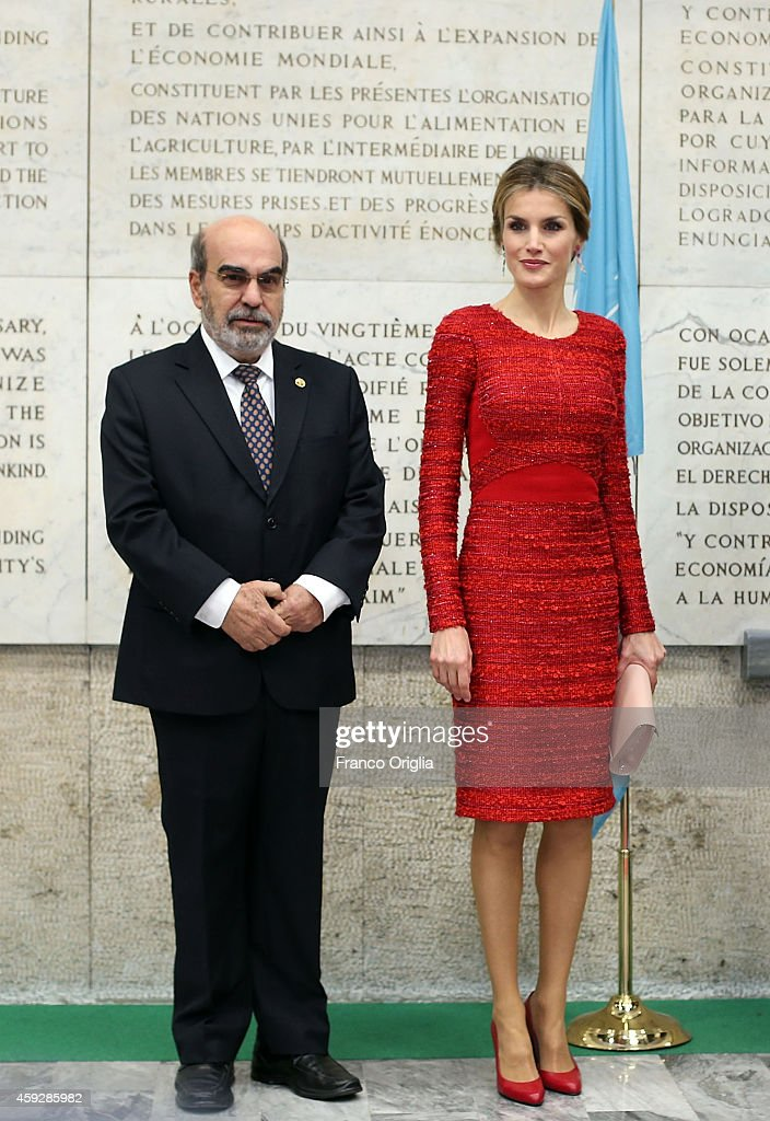 Director of the FAO Jose Da Silva and Queen Letizia of Spain pose in front of the FAO Constitution before the Second International Conference on Nutrition on November 20, 2014 in Rome, Italy.
