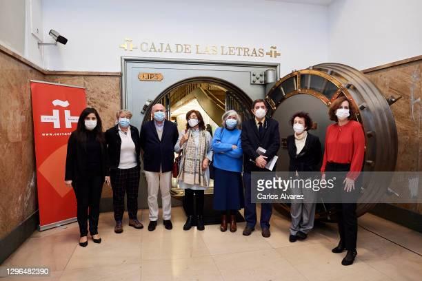 Director of the Instituto Cervantes, Luis Garcia Montero , the niece of the poet Jaime Gil de Biedma, Ines Garcia-Albi Gil de Biedma and other...