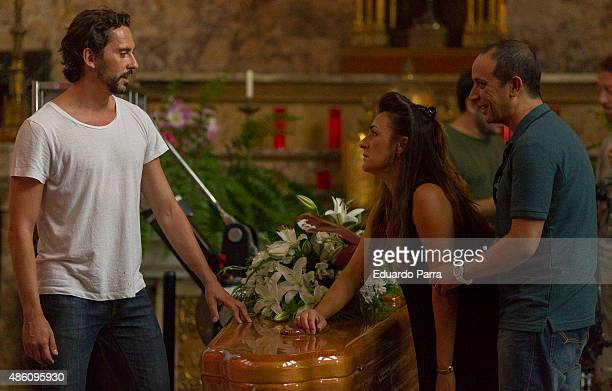 Director Paco Leon actress Candela Pena and actor Luis Callejo on set filming 'Kiki' at Centro Regional de Innovación on August 31 2015 in Madrid...