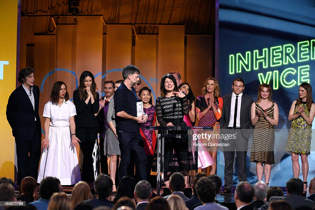 Director Paul Thomas Anderson, casting director Cassandra Kulukundis with cast and crew of 'Inherent Vice' accept the Robert Altman Award for 'Inherent Vice' onstage during the 2015 Film Independent Spirit Awards at Santa Monica Beach on February 21, 2015 in Santa Monica, California.