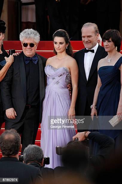 Director Pedro Almodovar actress Penelope Cruz actor Lluis Homar and actress Blanco Portillo attend the 'Broken Embraces' Premiere at the Grand...