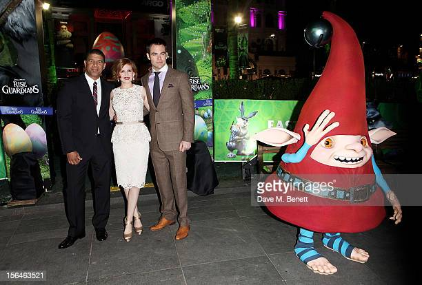 Director Peter Ramsey Isla Fisher and Chris Pine attend the UK Premiere of 'Rise of the Guardians' at Empire Leicester Square on November 15 2012 in...